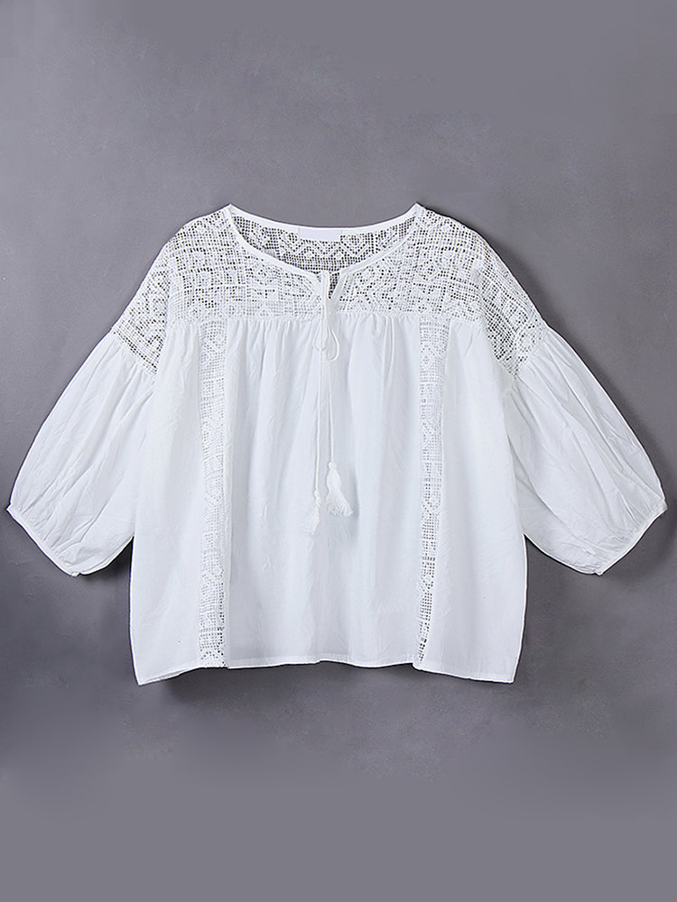 Women Casual Hollow Patchwork Round Neck 3/4 Sleeve Pure Color Blouse