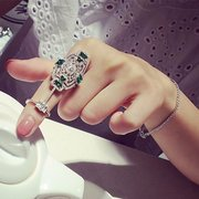 Vintage Rhinestone Crystal Hollow Shield Double Finger Ring