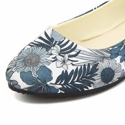 Big Size Floral Print Color Match Casual Slip On Flat Shoes Loafer