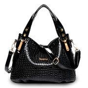 Women PU Leather Crocodile Pattern Crossbody Bag