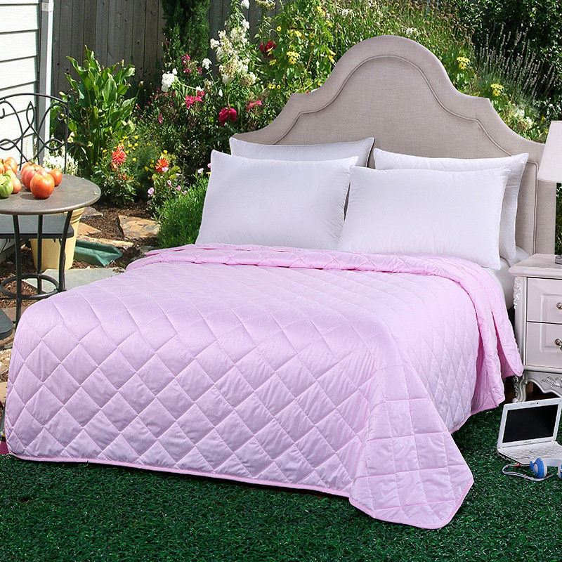 Hot Sale Personalized Bedroom Floral Summer Quilts Bedding Thin