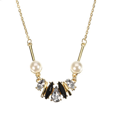 JASSY Crystal Pearl Copper Necklace
