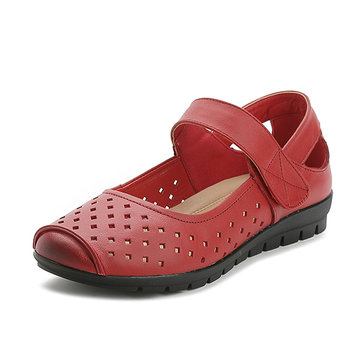 Hollow Out Leather Pure Color Soft Sole Flat Shoes