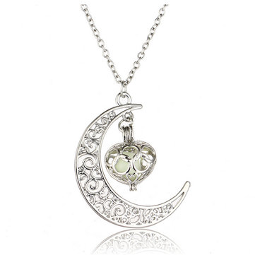Moon Hollow Heart Luminous Necklace